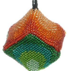 beaded-christmas-ornaments-to-make