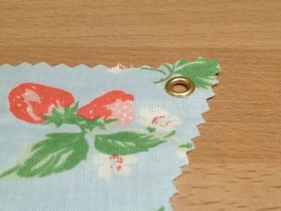 how to make decorative bunting setting eyelets