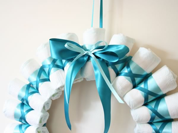 Rolled Diaper Wreath Instructions - Finished Wreath Close Up