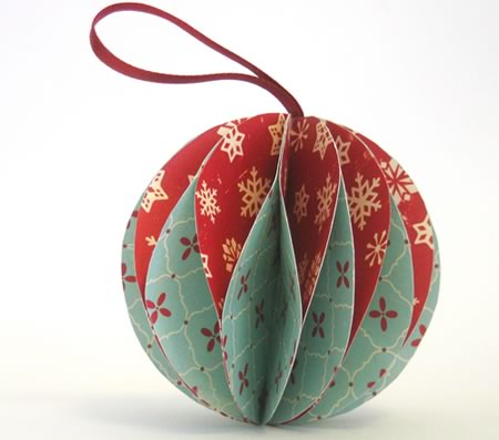 Easy to make christmas ornaments for Simple christmas decorations to make