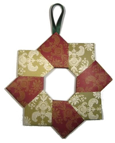 Homemade christmas decorations for Paper christmas decorations to make at home