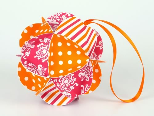 Easy to Make Christmas Ornaments - Finished Geodesic Ball