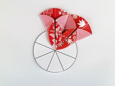 Homemade card ideas - dahlia origami flower step 7d