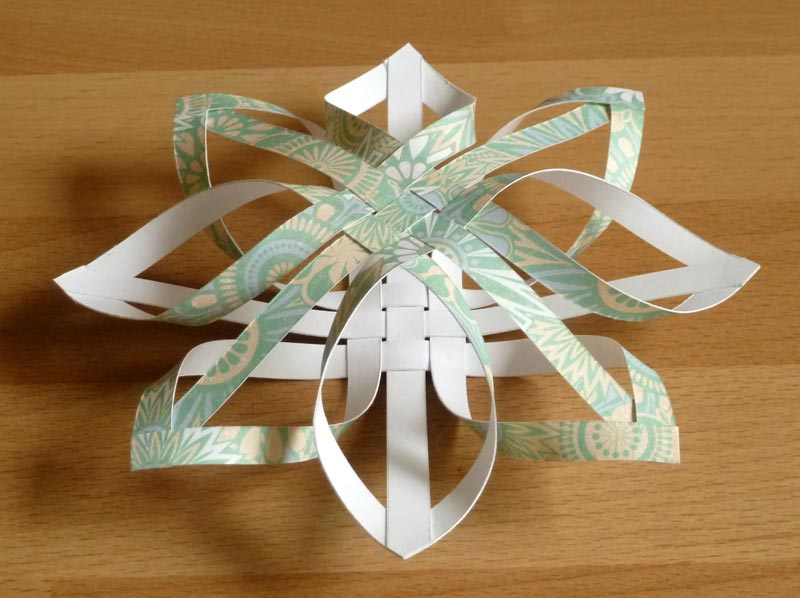 How to make a star christmas tree ornament step by step for How to make paper christmas decorations at home