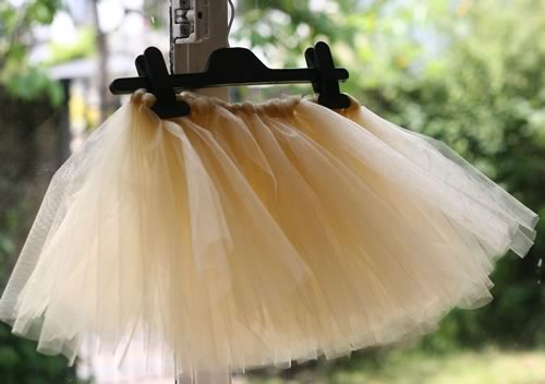 how to make a tutu finished knotting
