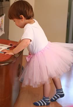 how to make a tutu trying it on