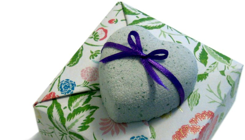 how to make bath bombs tissue wrapped