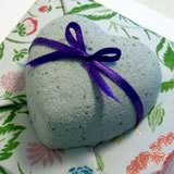 homemade valentine gift - heart bath bomb
