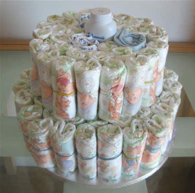 how to make diaper cakes - middle layer
