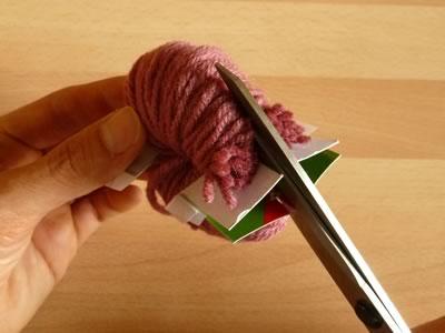 how to make pom poms step 5