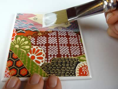 how to make tile coasters brush on mod podge