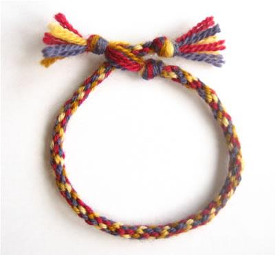 make a friendship bracelet step 7