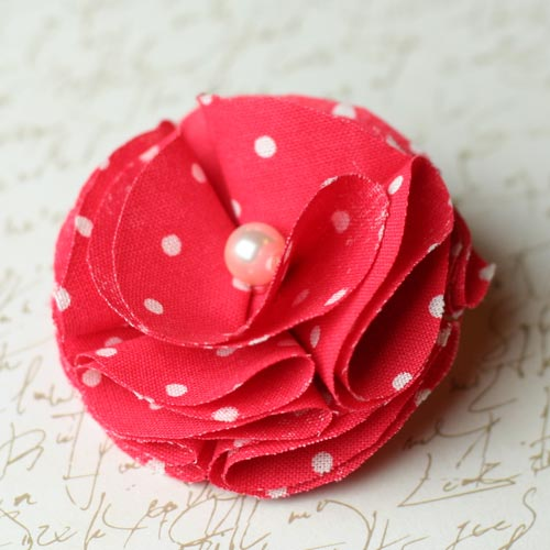 Easy to make fabric flowers diy instructions for Waste material flower making