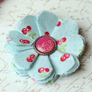make fabric flowers flat thumb