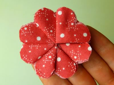 make fabric flowers flat step 5b