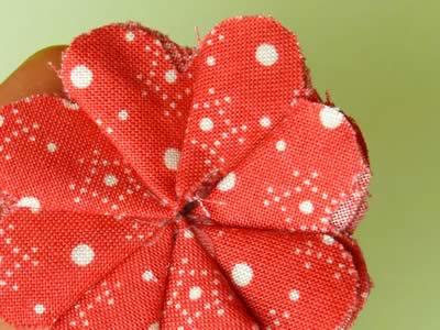 make fabric flowers flat step 6d