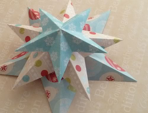 Making christmas decorations easy 3d stars baubles and for Christmas decoration ideas to make