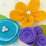 holiday gift ideas for women making felt flowers