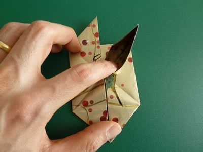 origami christmas ornaments step 8