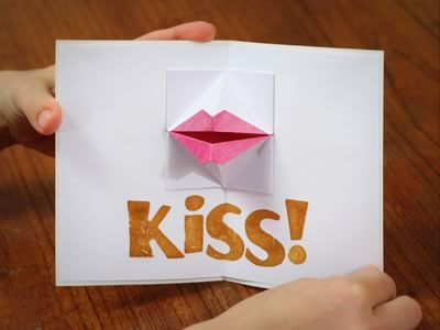 kissing lips origami valentine card almost open