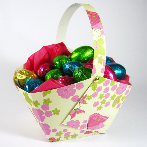 paper easter basket finished
