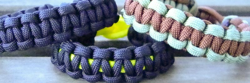 2 Color Paracord Bracelet Instructions