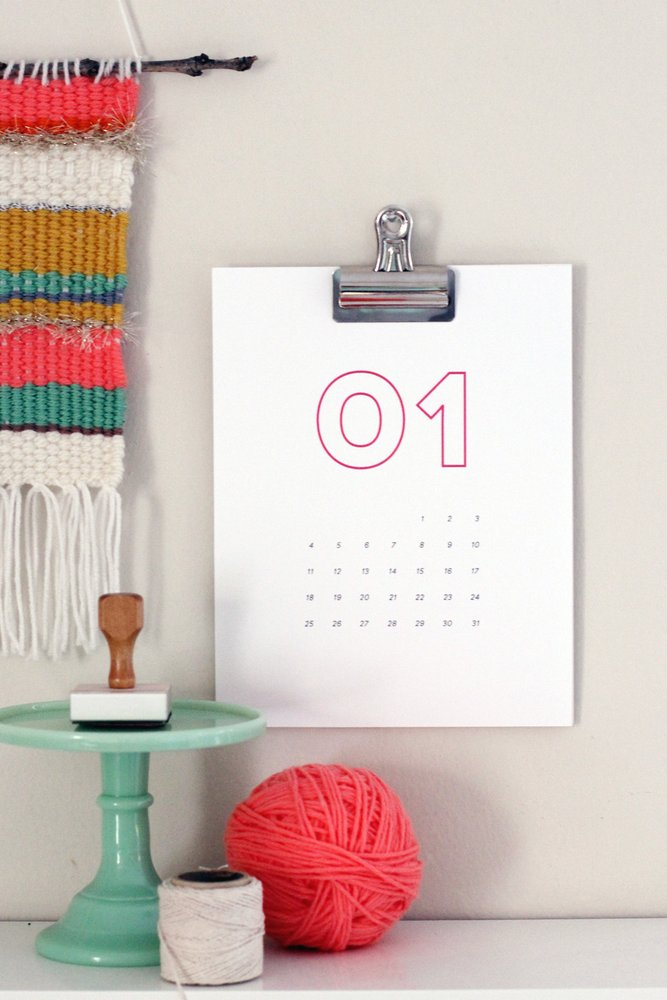 hang calendar with bulldog clip