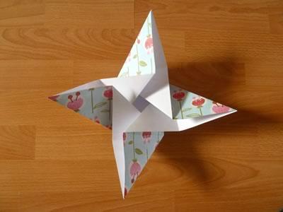 square origami envelope semi-open 2