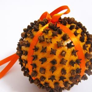 clove oranges