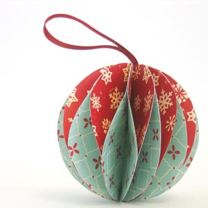 homemade christmas decorations baubles homemade paper baubles - Easy Paper Christmas Decorations