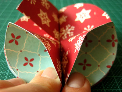 simple homemade christmas ornaments bauble step 7