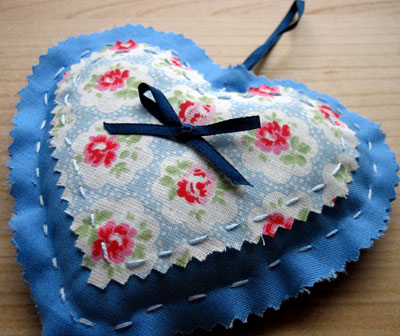 gifts to sew lavender heart 10