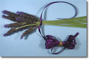how to make lavender wands step 2