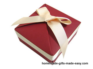 Make your own gift box video tutorial picture instructions make your own gift box negle Choice Image